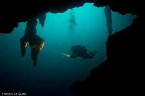 Stalactites du cenote Angelita