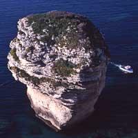 Un week end en Corse ? Plongée dans les bouches de Bonifacio